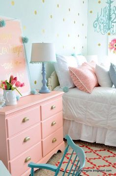 Pink Dresser. Love the Teal with the salmon pink dresser.