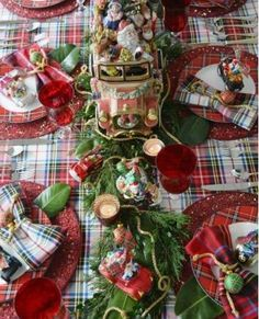 Merry Motoring Whimsical Christmas Table with Fitz and Floyd Santa Car Cookie Jar & Radko Car Ornaments Tartan Christmas, Christmas Dishes, All Things Christmas, Christmas Home, Christmas Holidays, Christmas Crafts, Christmas Sangria, Merry Christmas, Cheap Christmas