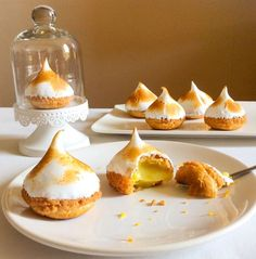 cabbage with lemon meringues lemon cream choux pastry meringue No Bake Desserts, Dessert Recipes, Mug Cakes, Choux Pastry, Shortcrust Pastry, Baking Recipes, Pastry Recipes, Love Food, Sweet Recipes