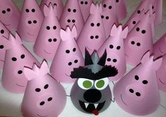 PINK PIG Party Hats Set of 6 No farm animal by AnnaliseJDesigns