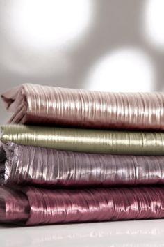 https://i.pinimg.com/236x/b3/c0/e0/b3c0e0446289fd1f18d5d65ea52c1b14--curtain-fabric-curtains.jpg