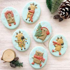 Christmas Sugar Cookies, Christmas Sweets, Horse Treats, Woodland Christmas, Iced Cookies, Christmas Settings, Cute Food, Cookie Decorating, Gingerbread