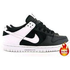 the latest 38974 1505f Mens Nike Dunk Low GS - Panda (Black White)