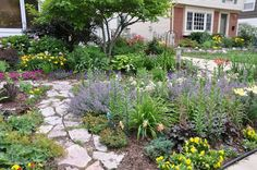 Faboulous Front Yard Path and Walkway Landscaping Ideas Courtyard Landscaping, Home Landscaping, Front Yard Landscaping, Landscape Borders, Landscape Plans, Landscape Design, House Landscape, Design Cour, Front Yard Plants