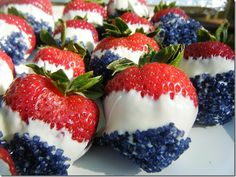 A tribute to an old fashioned July 4th.....Patriotic Strawberries