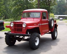im looking for pics of the early 50's late 40's willys/jeep trucks. i searched on here and didn't find much, i did run across fiddyfours pics though,...