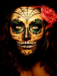 diadelosmuertosmask:  Lighting on this makeup is incredible with her eyes looking at the source - well played. This is probably one of my favorite Dia De Los Muertos masks I've seen so far. Found the original source for this one too. Dennali B. on Makeupbee dot com https://www.makeupbee.com/look.php?look_id=63004&qbt=userlooks&qb_lookid=63004&qb_uid=17922