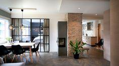 Forvandlet blokkleiligheten til noe helt utenom det vanlige - Aftenposten Modern Spaces, Living Room, Interior Design, Bed, House, Furniture, Home Decor, Norway, Ideas
