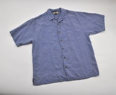 Tommy Bahama 100% Silk Short Sleeve Relax Cut Shirt Mens Size Large   TommyBahama  ButtonFront d3dbfd792