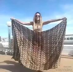 Can make any outfit from a single scarf... she's hot too - 9GAG