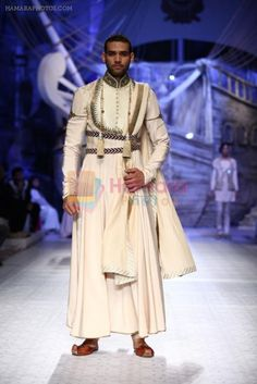 JJ Valaya bridal show in Delhi