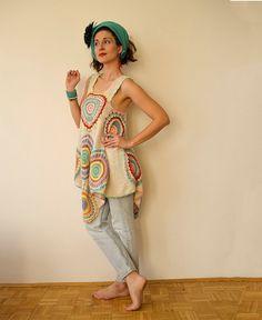 Este vestido/túnica es extremadamente versátil y divertido de usar! Puede caber casi cualquier tamaño y funciona muy bien como un vestido casual o una túnica de lujo! Por favor tenga en cuenta que puede tomar 2 semanas para hacer uno