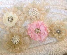 Handgemachte Blumen Shabby Chic Rosa Elfenbein Beige Vintage Ohrringe Brosche…