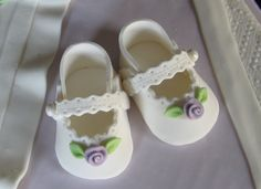 baby shoes by Connie 1027 on Cake Central