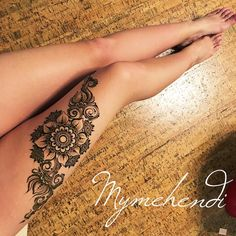 No photo description available. Henna Doodle, Henna Tattoo Hand, Henna Tattoo Designs, Henna Mehndi, Henna Art, Leg Henna Designs, Mehendi, Stylish Mehndi Designs, Beautiful Henna Designs