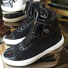Hardcore Footwear  Disponível apenas por Whtas 11.9.3013.8919  #winter15 #prefall #hardcorefootwear #sneaker #sneakerhead #hardcoreteam #teamhardcorefootwear #hardcoreladies #sportchic #activewear  55.11.9.3013.8919