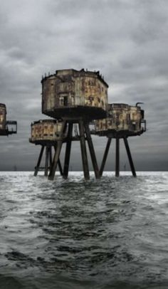 These photos capture some of the world's most hauntingly beautiful abandoned places