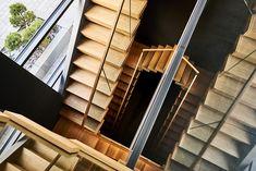 Cantilever staircase with illuminaed steps / Kragarmtreppe mit transluzenten Stufen aus Holz / Консольная лестница из дуба с подсвеченными ступенями Blinds, Curtains, Home Decor, Stair Treads, Hand Railing, Timber Wood, Decoration Home, Room Decor, Shades Blinds