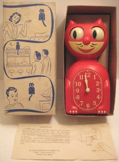 Vintage Red Kit Cat Klock w/ Box - Moving Cat electric Clock Vintage Cat, Retro Vintage, Vintage Items, Kit Kat Clock, Novelty Clocks, Electric Clock, Cat Clock, Kitchen Clocks, Cool Clocks
