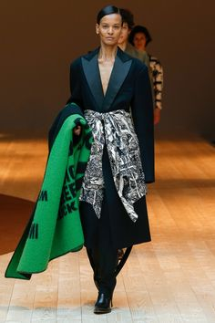 Céline Fall 2017 Ready-to-Wear Fashion Show - Liya Kebede