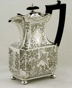 English Japanesque  style sterling teapot by Walker and Hall, Chester c1907 (supershrink)