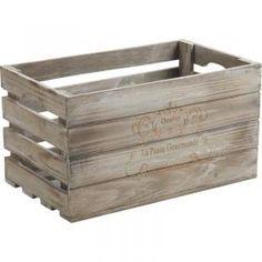 Caisse en bois teinté de 38 x 23 x 20,5 cm pour y déposer croissant dans une boulangerie, bonbon dans une confiserie.. vous trouverez son utilités dans plein d'autre domaine encore !