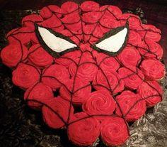 Spiderman birthday cake made from cupcakes. Spiderman Cupcakes, Cupcakes Cool, Spiderman Birthday Cake, Super Hero Cupcakes, Boys Cupcakes, Peacock Cupcakes, Hummingbird Cupcakes, Velvet Cupcakes, Baking Cupcakes