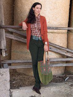 #Samt #Hose, #Karo Bluse und #Strick #Jacke by Brigitte von Boch #bevonboch #velvet #knit