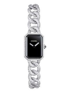 Montre haute joaillerie Chanel Première http://www.vogue.fr/joaillerie/shopping/diaporama/montres-haute-joaillerie-diamants-full-pavees/16442/image/884395#!montre-haute-joaillerie-chanel-premiere