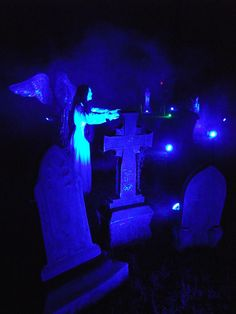 HF Member says: I use LED bulbs:For those of you using regular colored floods, try using spray paint to tone down the brightness and add color, like togodzilla said. Halloween Forum, Halloween Candy, Halloween Decorations, Halloween Costumes, Halloween Stuff, Halloween Ideas, Halloween Tombstones, Yard Haunt, Led Flood Lights