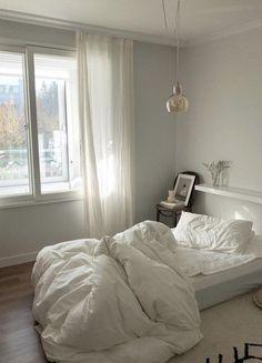 Small Room Bedroom, Room Ideas Bedroom, Bedroom Decor, Minimalist Room, Cozy Room, Home Room Design, Aesthetic Bedroom, Dream Rooms, New Room