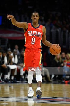 News Photo : Rajon Rondo of the New Orleans Pelicans during...