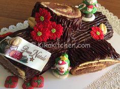 Il tronchetto di Natale è un tipico dolce natalizio. Un rotolo di pasta biscotto da farcito e ricoperto da una golosa ganache al cioccolato.