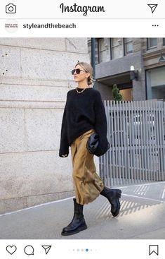 ゆるニットコーデ①☆ | 仕事と育児ときどき毒吐きのちファッション。 Look Fashion, Fashion Pants, Fashion Outfits, Womens Fashion, Daily Fashion, Mode Outfits, Casual Outfits, Look Street Style, Inspiration Mode