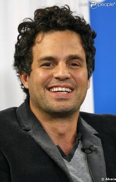 Mark Ruffalo~he's so adorable in this picture!!!