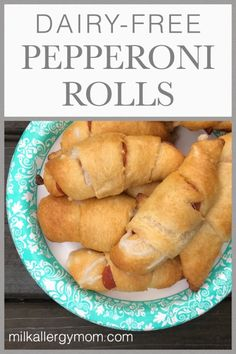 See post for a video tutorial, too. appetizers no dairy Pepperoni & Cheese Crescent Rolls Dairy-Free Dairy Free Appetizers, Dairy Free Snacks, Dairy Free Dinners, Dairy Free Recipes For Kids, Egg Free Recipes, Crescent Rolls, Crescent Ring, Dairy Free Pizza, Pepperoni Rolls