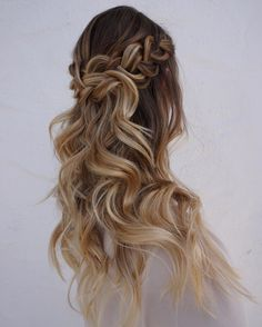 Loving this braided half up style!! From the curls to the color. We are swooning over this look
