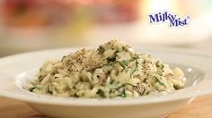 Vegetarian Dish, Mushroom Risotto, Creamy Spinach, Spinach Stuffed Mushrooms, Cheddar Cheese, Food Videos, Mists, Recipies, Base