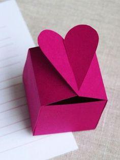 Ideas Origami Box Diy Valentines For 2019 Valentines Bricolage, Valentine Crafts, Origami Box, Origami Easy, Diy Gift Box, Diy Box, Paper Gifts, Diy Paper, Origami Videos