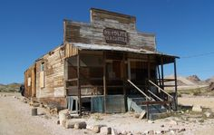 Rhyolite, NV-On eastern edge of Death Valley. Rhyolite Mercantile pictured above Old Buildings, Abandoned Buildings, Abandoned Places, Claude Monet, Vincent Van Gogh, Nevada Ghost Towns, Westerns, Old Country Stores, Le Far West
