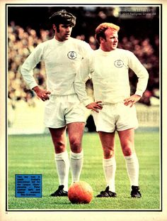 Circa Peter Lorimer and Billy Bremner struck fear in the hearts of opponents with their macho posturing. Classic Football Shirts, Retro Football, Football Kits, Football Soccer, Leeds United Football, Leeds United Fc, The Damned United, Real Champions, Soccer Art