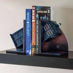 #DoctorWho TARDIS Bookends!