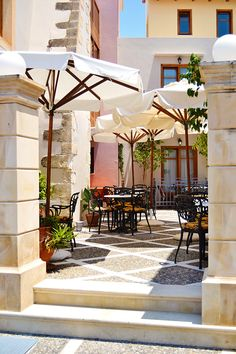 Cafe in Rethymno, Crete, Greece