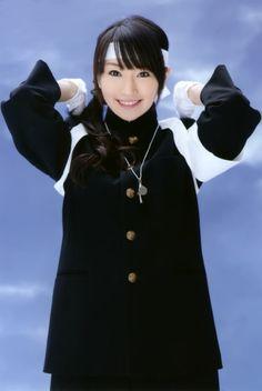 【画像】応援団の学ラン衣装を着た水樹奈々さん、凛々しい学ラン姿がカッコいい。