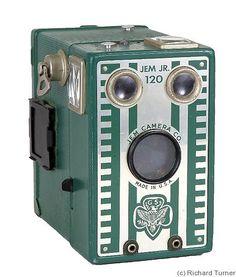 Mergott: 1940 Jem Junior 120 film format Girl Scout camera. 'Silver' front version.
