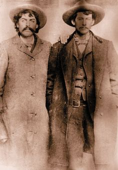 Outlaw Cowboys of New Mexico Fred Waite and Henry Brown fought many a battle alongside William Bonney, aka Billy the Kid, in the Lincoln County War. Billy Kid, Billy The Kids, Wild West Outlaws, Famous Outlaws, Old West Photos, Westerns, American Frontier, Le Far West, Interesting History