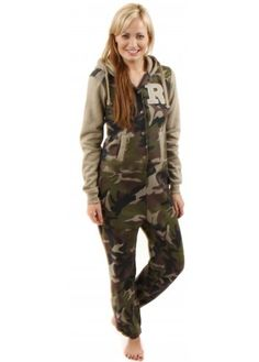 Camo love on pinterest camouflage camo bedrooms and camo