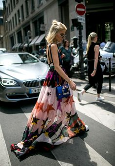 Prints X Loose fitting airy weight summer gowns at FW17 Haute Couture Fashion Week Paris Street Style.