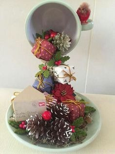Risultati immagini per floating tea cup christmasfloating tea cups for saleDIY floating teacup, might be good way to use up very small Christmas tree ornaments.Bellart Atelier Clever and cute.Coffee Machine Second Hand Christmas Cup, Diy Christmas Tree, Christmas Projects, Christmas Decorations, Christmas Ornaments, Christmas 2017, Christmas Centerpieces, Tea Cup Art, Tea Cups