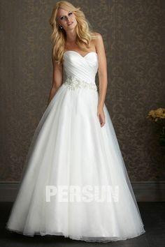 Beautiful Applique Sweetheart Tulle A line Wedding Dress - DressesMallAU.com